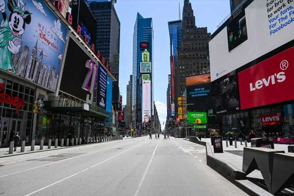Times Square's Empty Rooms Signal Reckoning for NYC Hotels