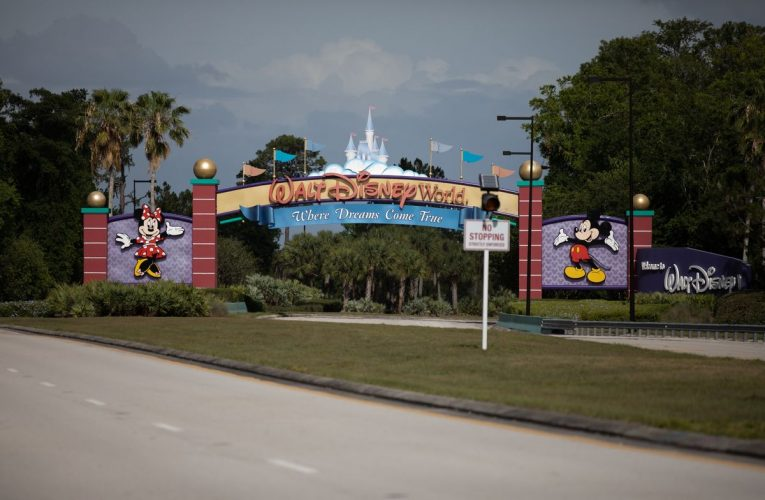 Disney, Universal to Submit Their Florida Reopening Plans