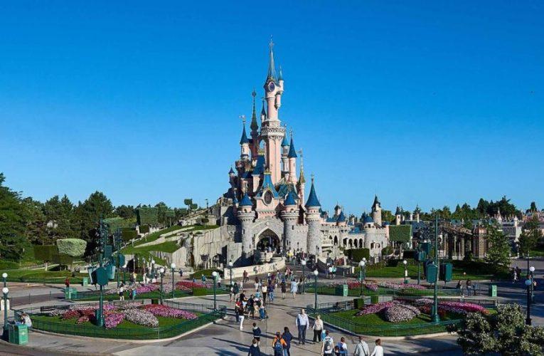 Disneyland Paris Sets Phased Re-Opening Dates