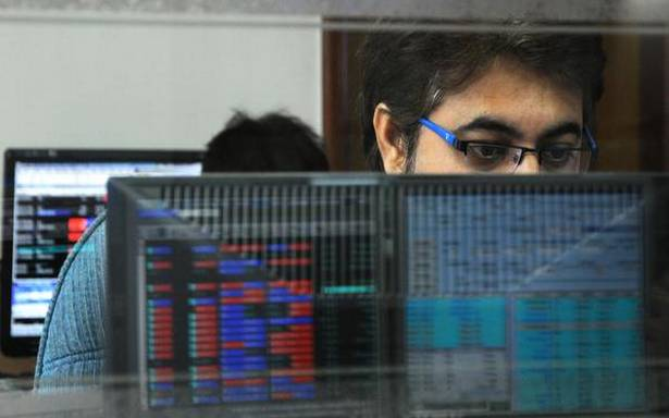 Sensex gives up early gains on profit-booking, ends 83 points higher