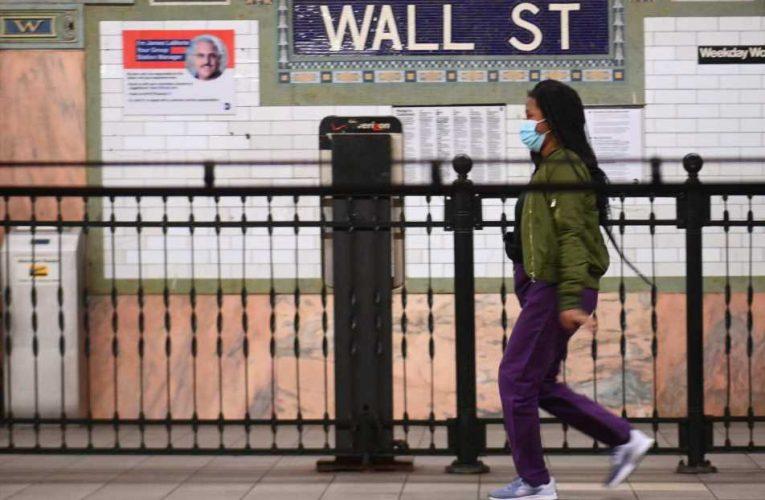 Treasury yields lower as coronavirus cases rise, China extends rally