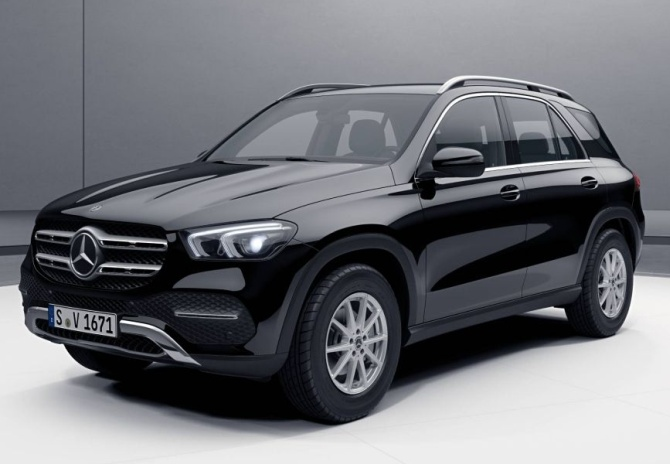 Merc GLE 400d is an SUV with cool moves