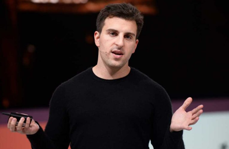 As Airbnb struggles with plunge in travel ahead of IPO, hosts are complaining about missing payments