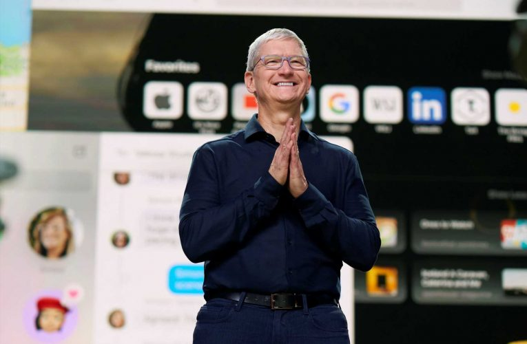 Apple's $2 trillion value is proof that Tim Cook's services plan worked