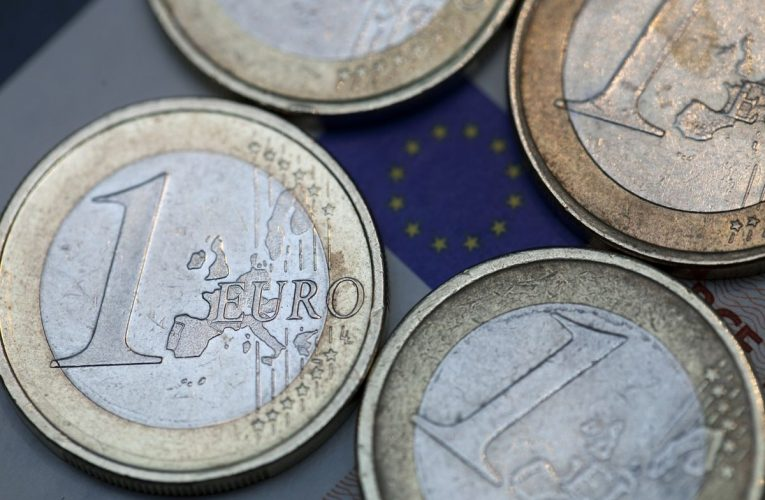 Euro's Strength Carries a Bullish Message for European Stocks