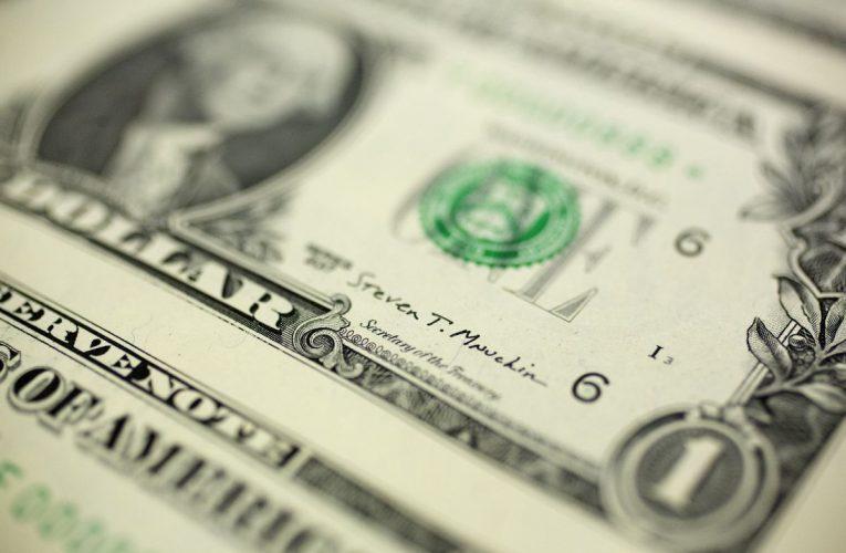 Billionaire Agarwal's Vedanta Markets Junk Bond to Investors
