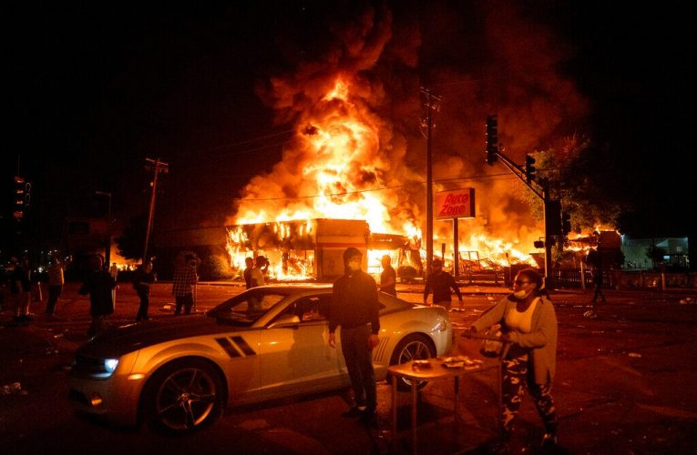 Journalist describes riot damage in cities across US: 'Beyond anything … since at least the 1960s'