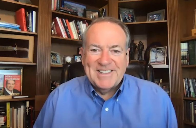Mike Huckabee describes RNC as showing 'authenticity' with focus on faith, belief in America