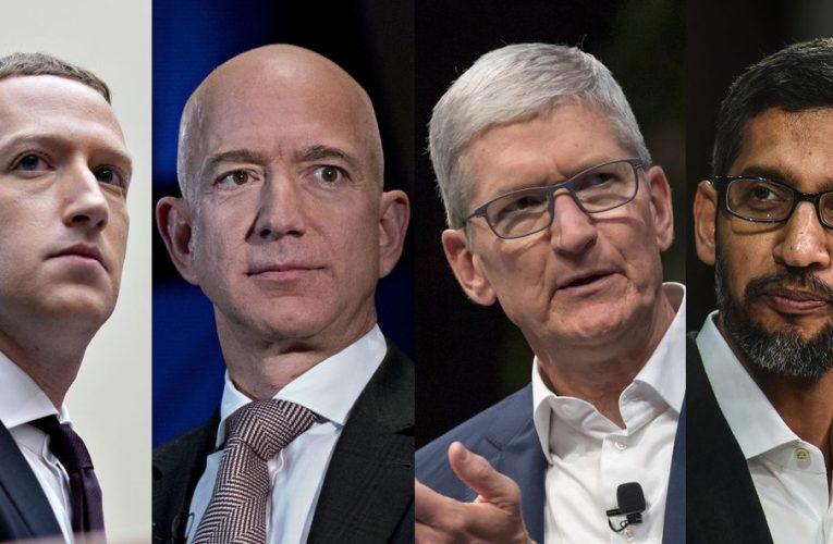 Bezos, Musk Lead Tech Wealth Retreat as $44 Billion Evaporates