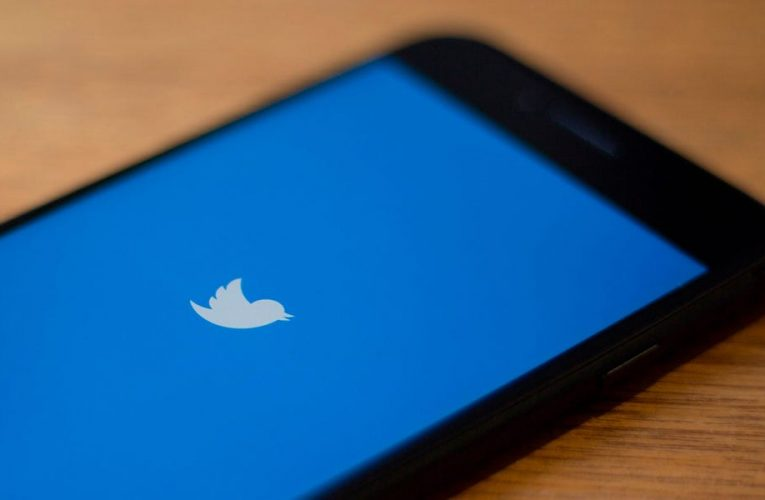 How to deactivate your Twitter account temporarily or permanently using the desktop site or mobile app