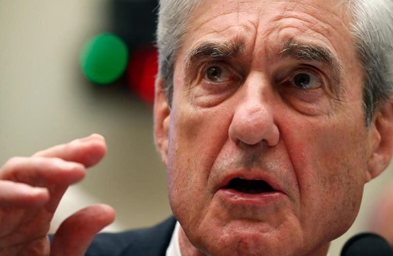 Rep. Collins presses Apple for information on wiping iPhone data amid Mueller team controversy