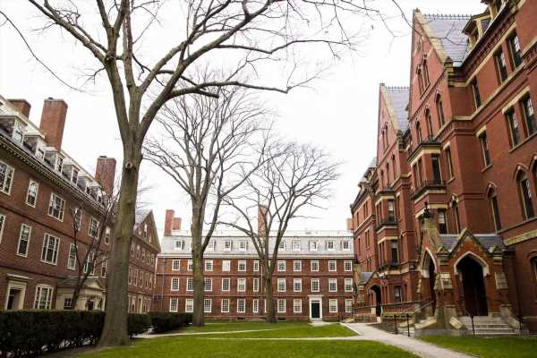 Harvard Opposes U.S. Plan to Limit Stay of Foreign Students