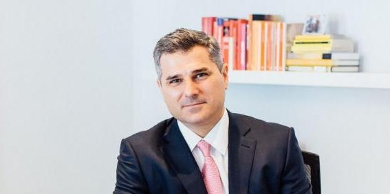 How this Spanish hedge fund manager went from elite tennis to wooing SoftBank's COO as an investor