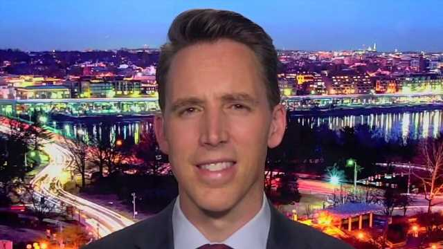 Hawley: Americans ought to be able to sue Twitter, Facebook over blocking Hunter Biden report