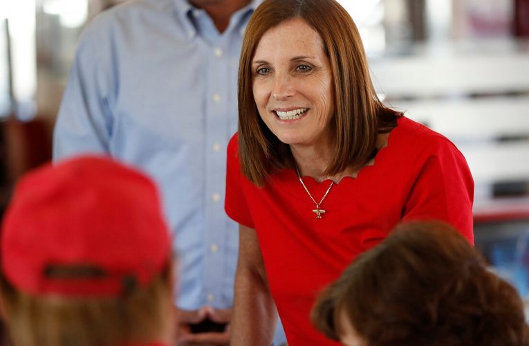 McSally sees chance to boost Senate campaign in Supreme Court hearings