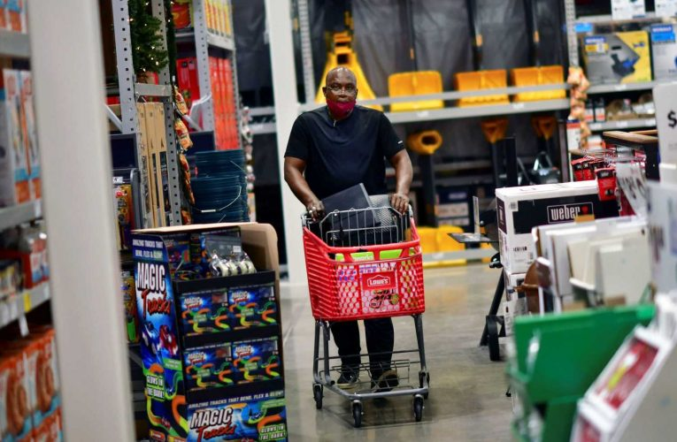 Lowe's shares tumble as earnings fall short, despite robust sales gains