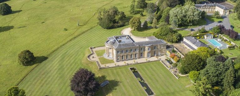 The Global Rich Are Rushing to Buy U.K.Country Estates
