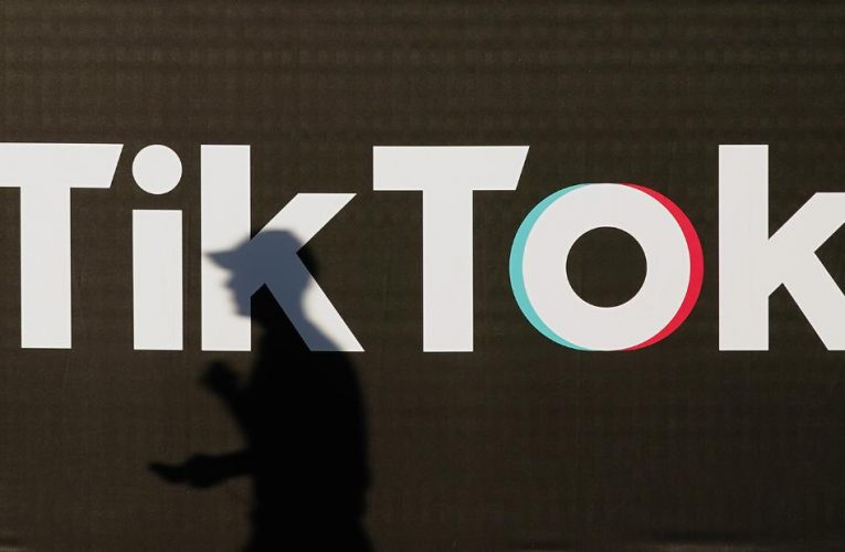 Trump approves Oracle, Walmart deal for TikTok