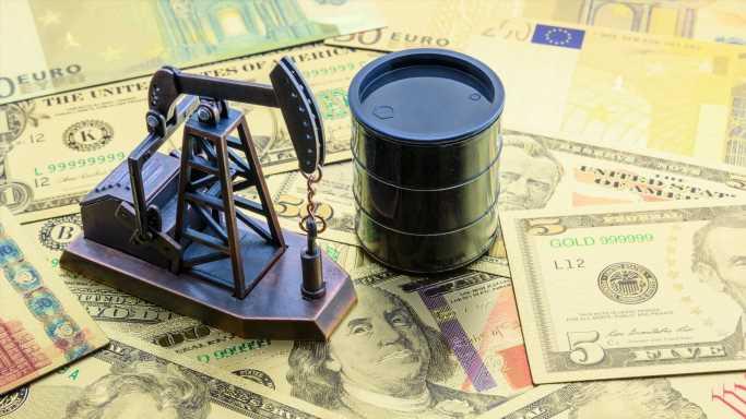 Ex-Dividend Date Ignites Demand for Marathon Oil, Refining Stocks