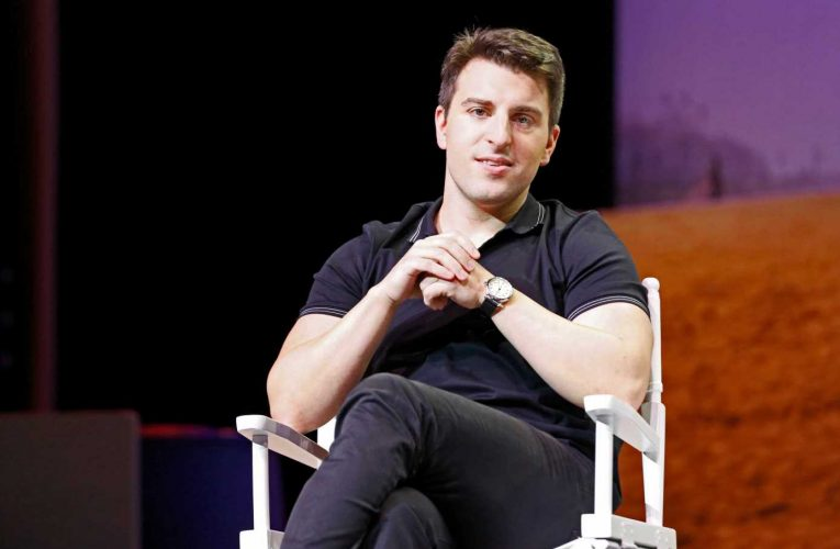 Airbnb stock tumbles after more than doubling last week