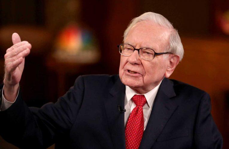 'It's an economic war' – Warren Buffett urges Congress to extend relief for small businesses