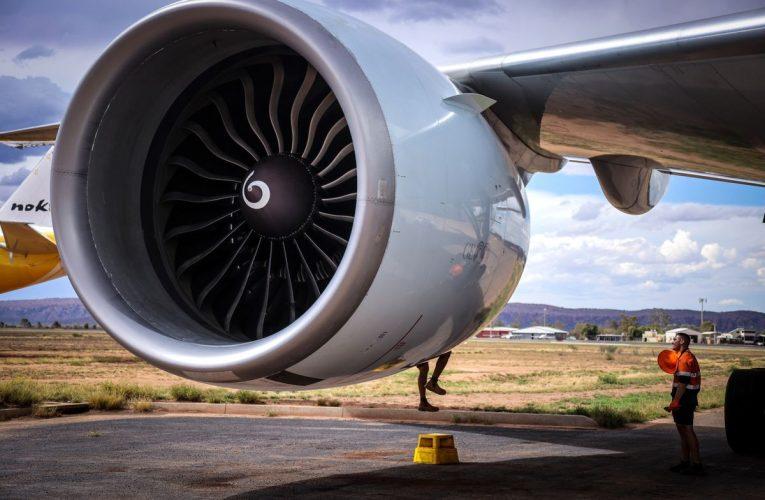 Airlines Get $15 Billion Payroll Reimbursement in Funding Deal