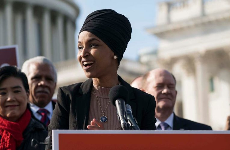 'Amazon's days of impunity are over': 400 international lawmakers including Ilhan Omar and Rashida Tlaib slam Jeff Bezos on wages, climate action, and taxes