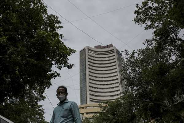India Sensex Set for Longest Stretch of Weekly Gains Since 2009