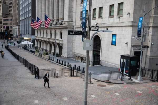 NYSE's Second-Guessing on China Delistings Sows Market Confusion