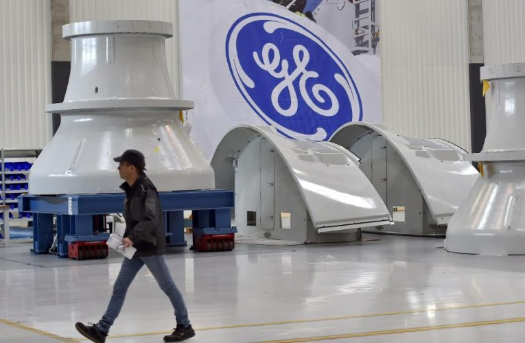 Short seller defends GE after fraud accusations