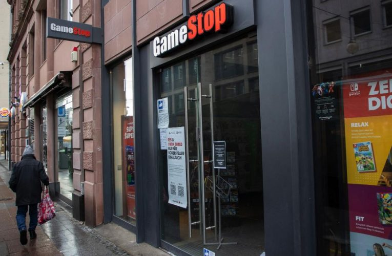 Robinhood CEO speaks to Cuomo after GameStop stock chaos
