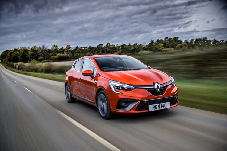 Renault Clio has the winning formula as a mean, green hybrid E-Tech