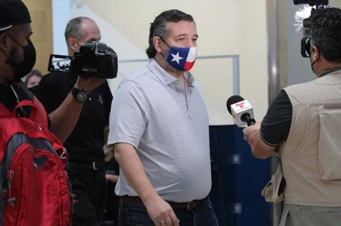 Ted Cruz Now Admits He Had Planned to Stay in Cancún Through the Weekend: 'It Was Obviously a Mistake'