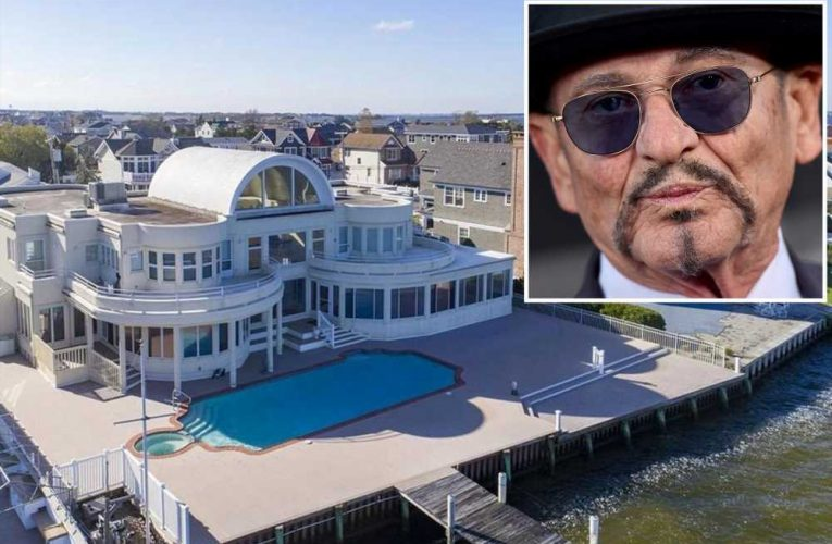 Inside Joe Pesci's $6.5 million New Jersey beach house