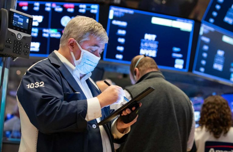 Powerful corporate profits and forecasts of more to come have investors cheering