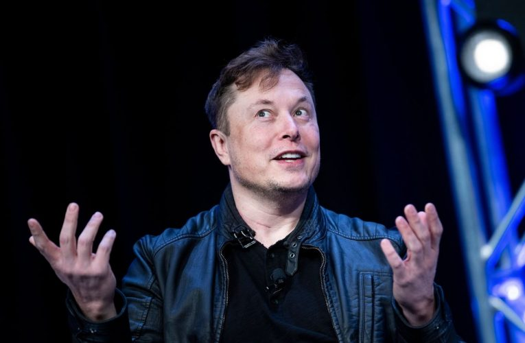Elon Musk Makes Characteristically Wild Debut on a Buzzy Social AppClubhouse