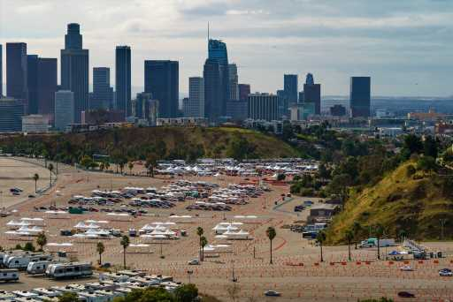 Faced with worsening budget crisis, L.A. looks to delay paying its bills
