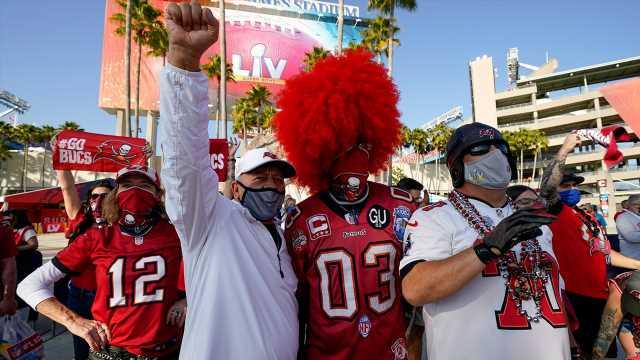 Hypocrisy on full display as COVID-era Super Bowl gathering condemned, Biden celebrations praised