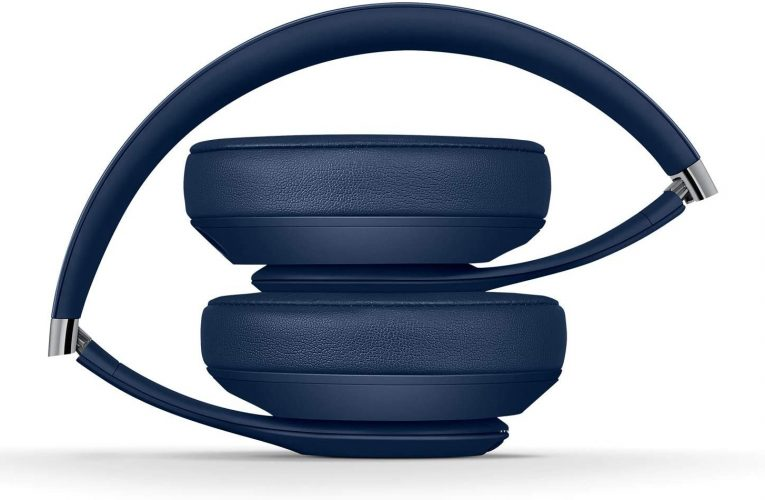 Blue Beats Studio 3 noise cancelling headphones at their lowest EVER price