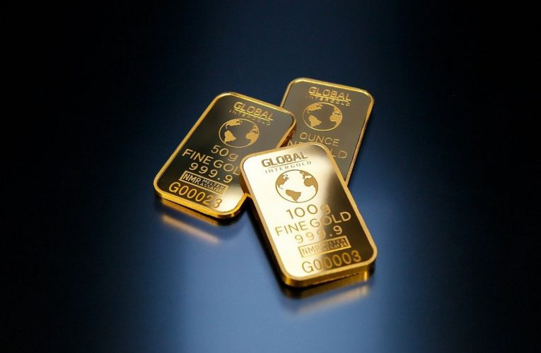 Low gold prices? Use it to build portfolio