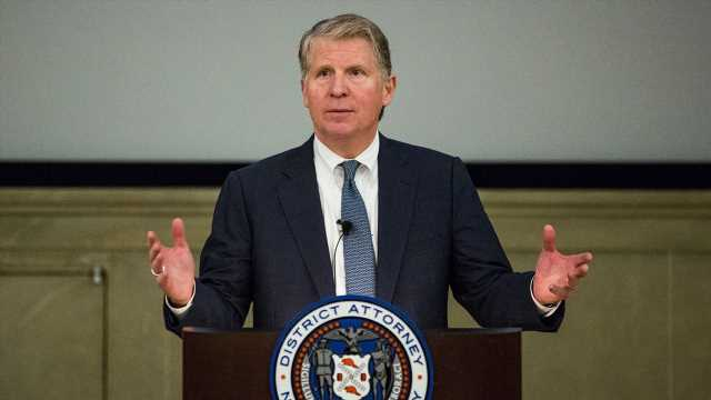 Manhattan District Attorney Cy Vance, who sought Trump's tax returns, to retire