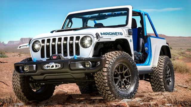 Electric Jeep Wrangler 'Magneto' is a clean dirt-road machine
