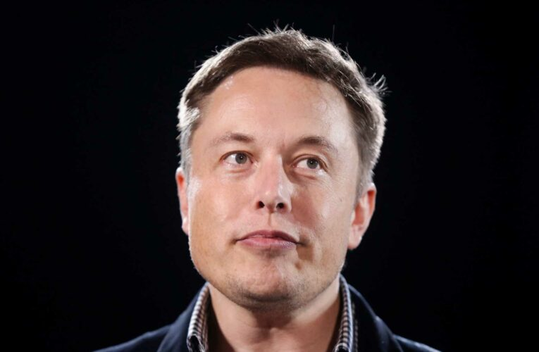 Elon Musk says he talked to 'North American Bitcoin miners,' sending bitcoin price surging