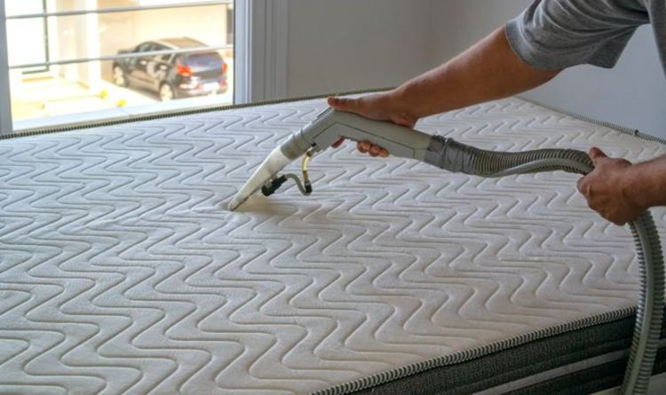 How to get stains off a mattress using only baking soda
