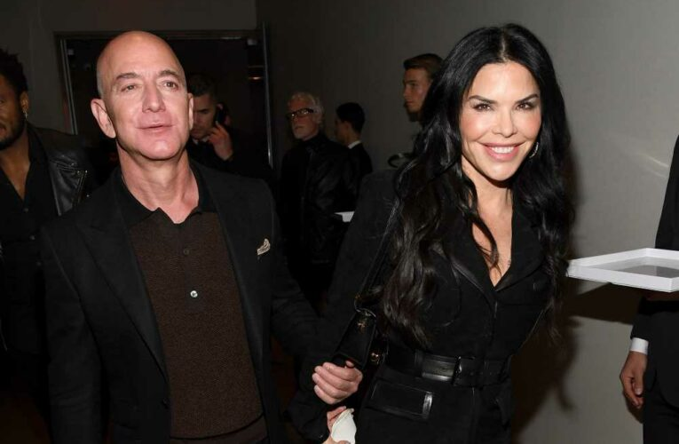 Jeff Bezos' interest in helicopters revealed affair with Lauren Sanchez