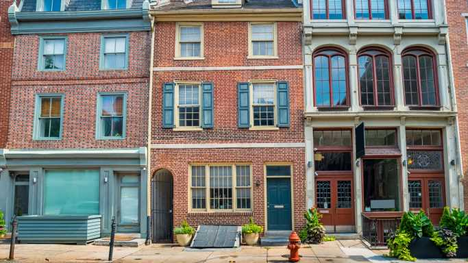 This Is The Oldest House For Sale In America