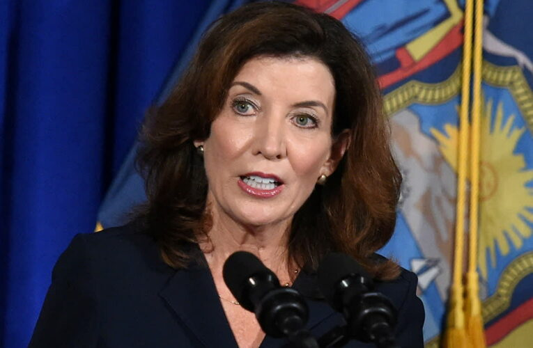 Kathy Hochul set to host fundraiser next week as she prepares to take over for Cuomo