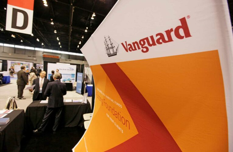 Vanguard says it will give employees $1,000 to get the Covid-19 vaccine