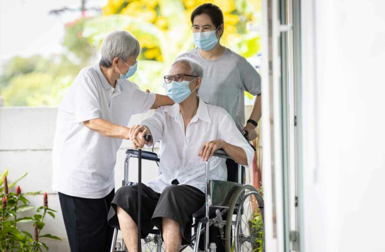 Long-term care needs among retirees varies widely, new research shows