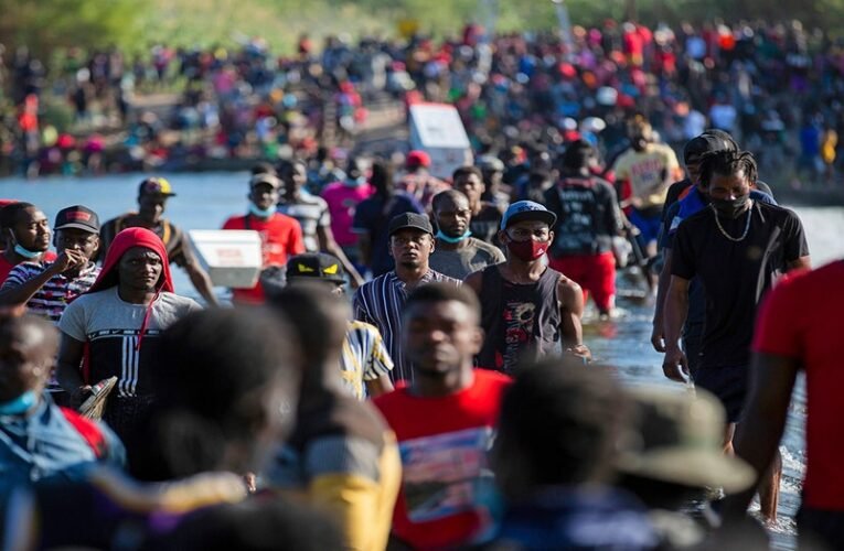 Maxine Waters: Treatment of Haitian migrants worse than slavery